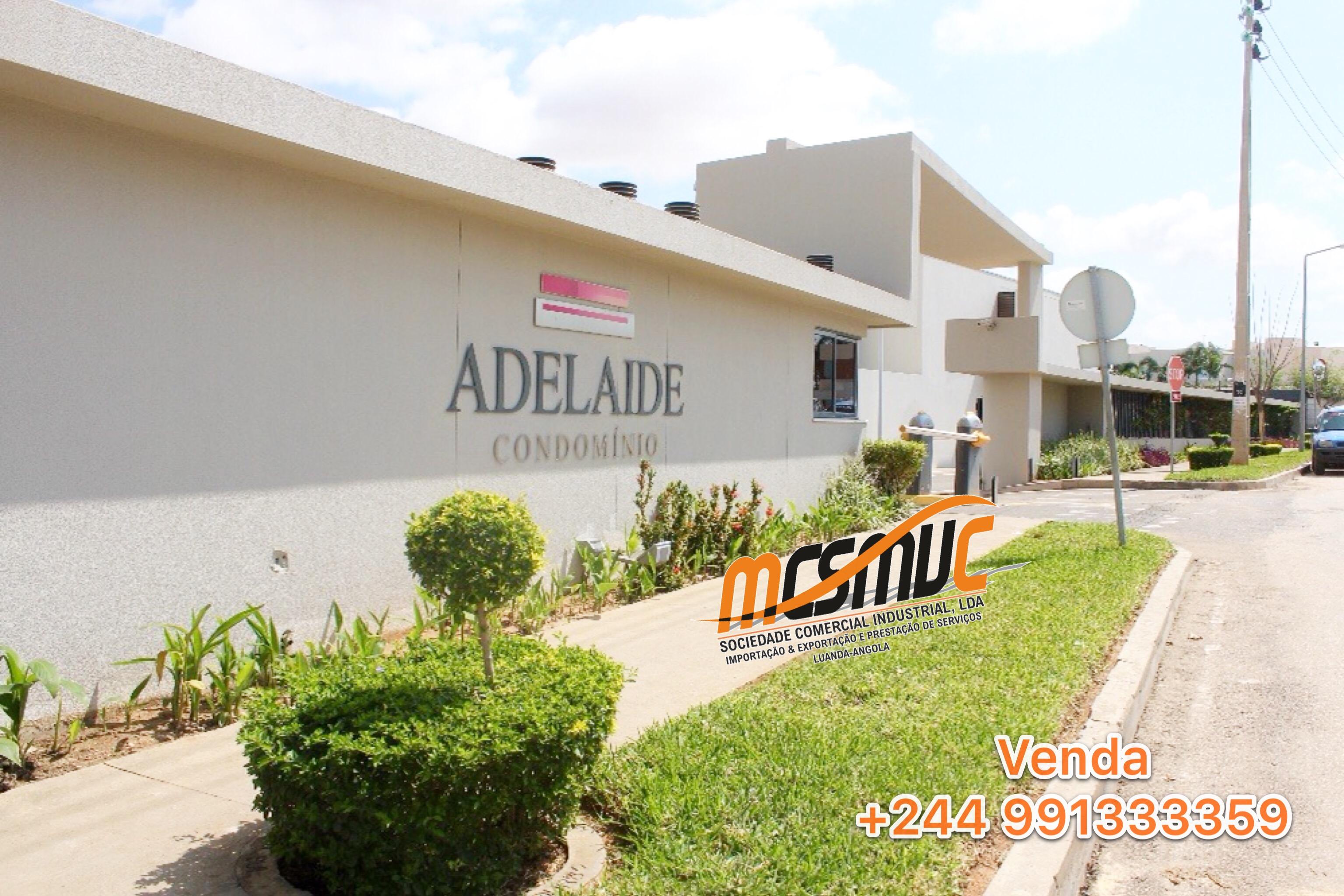 Moradia T4 Condomínio Adelaide